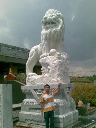 Sư tử đá LMD 09